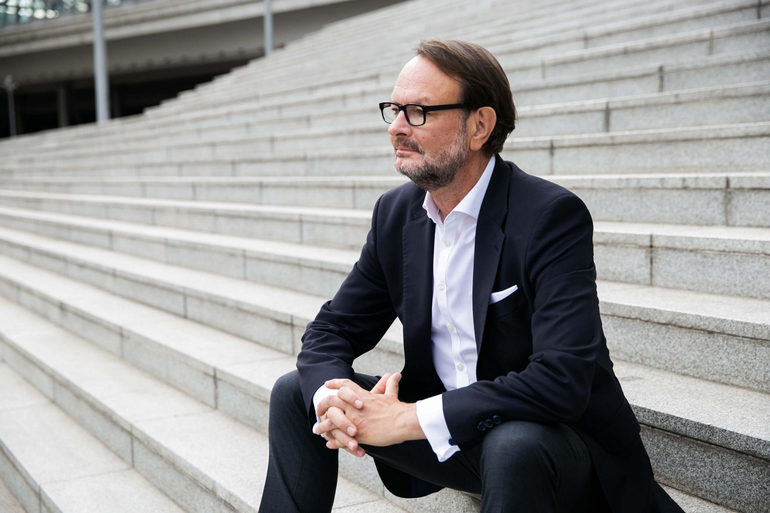 Rolf Kassel - Digitale Zweiklassengesellschaft